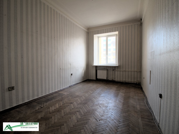 Купить 4-х комнатную квартиру, 77 кв.м